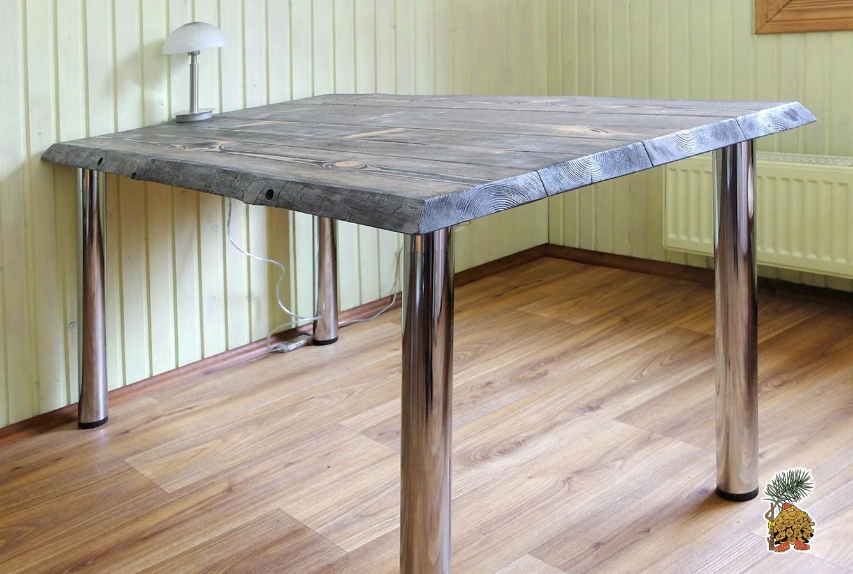 Деревянный стол  лофт из массива на металлических ножках купить в Москве недорого