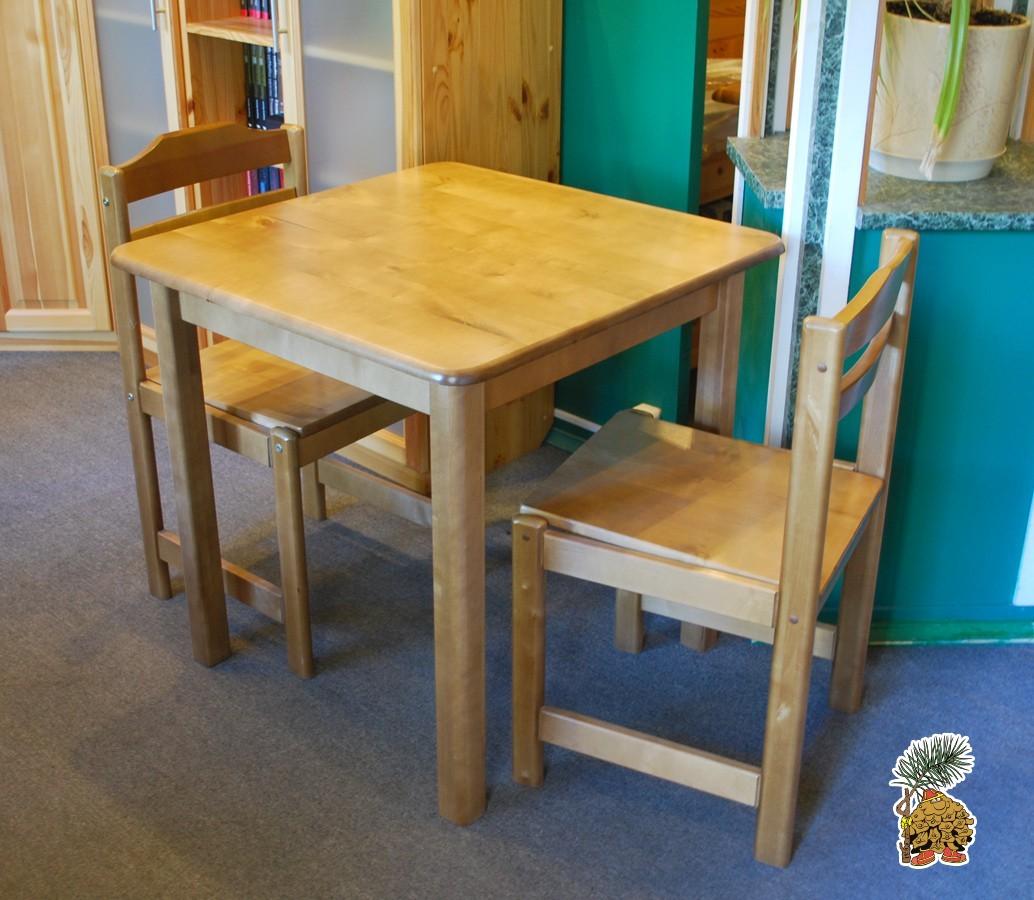 Обеденный стол и два стула из массива березы со скидкой 50%